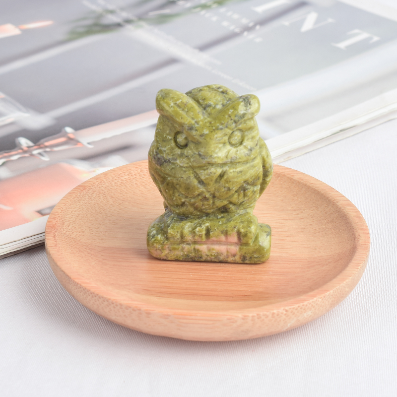 1.5 inch Hand Carved Natural Green Jade Stone Mini owl figurines Figurines